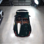 ルーフを持たない限定フェラーリ、モンツァSP2はどうやって洗車するのか?プロが「水なし洗車」を使用しディティーリングを行う