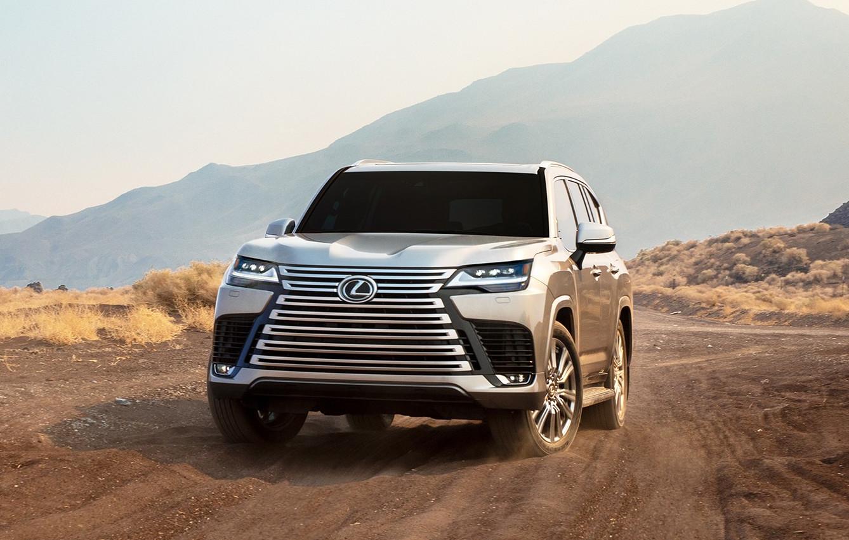 レクサスが新型LX600を発表!新グレード「オフロード」「エグゼクティブ」を追加し幅広い顧客にアピール。コンセプトは「世界中のどんな道でも楽に、上質に」