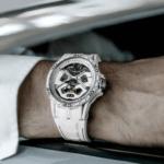 ロジェ・デュブイがランボルギーニ・ウラカンとの最新コラボモデル「エクスカリバー スパイダー ウラカン ホワイト セラミック コンポジット」発表!限定88本、価格は709万円